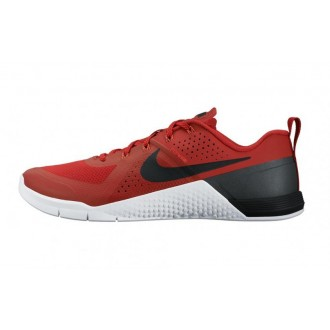 Nike MetCon red