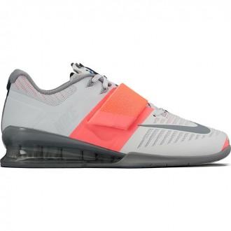 Dámské boty Nike Romaleos 3 platinum - BotyObleceni.cz 3bd2db0f8e