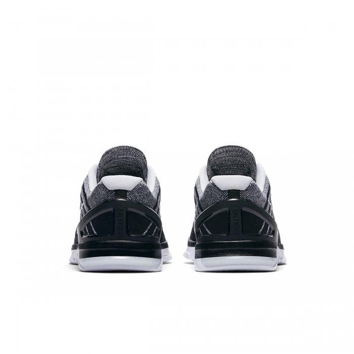 Pánské boty Nike Metcon 3 DSX Flyknit černo bílé - BotyObleceni.cz 6317f638b4b