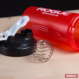 Shaker Rogue Blenderbottle Classic 0.82l - red