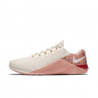 Dámské boty Nike Metcon 5 AMP - smetanová